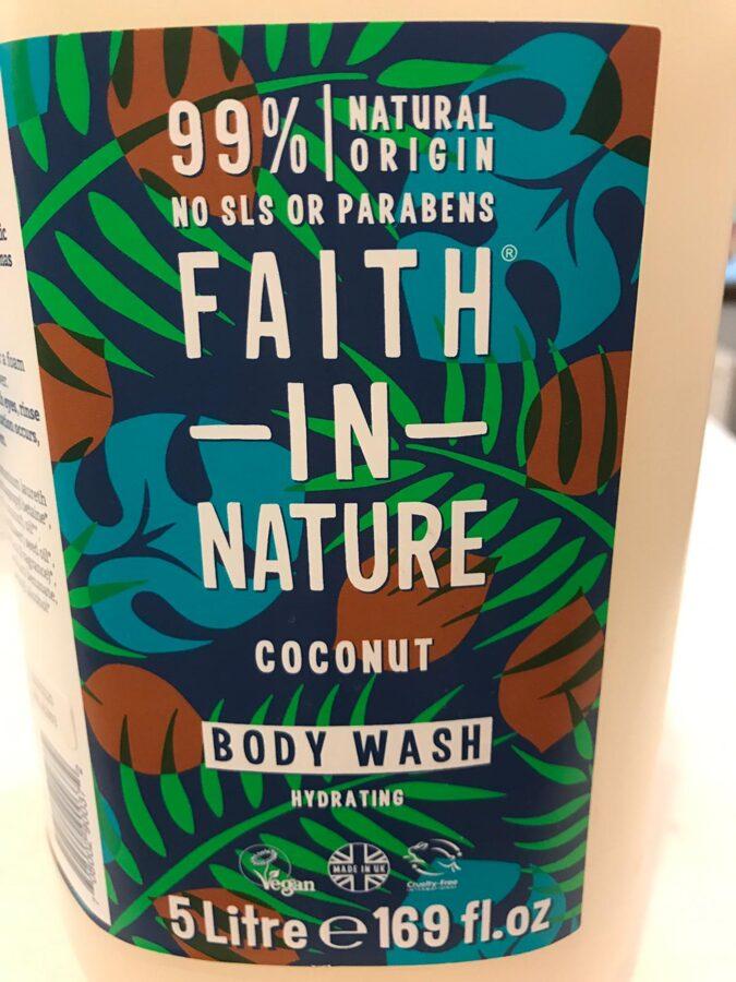 Dušas želeja un vannas putas kokosrieksts 500ml