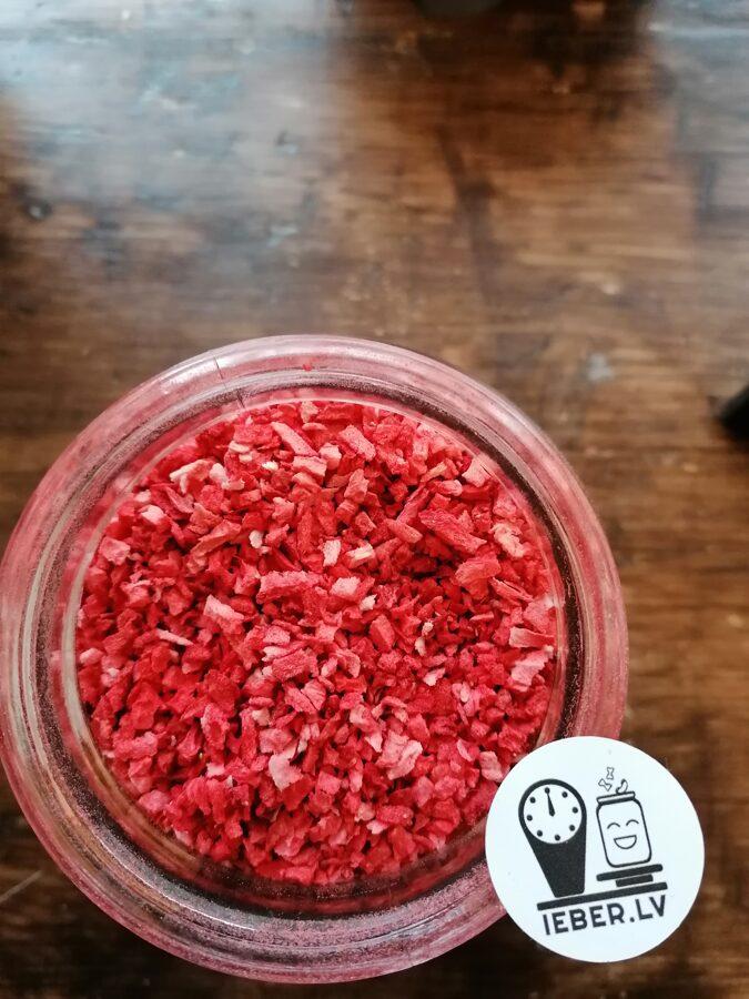 Zemenes saldējot žāvētas (sublimētas) gabaliņi 0-4mm 25g