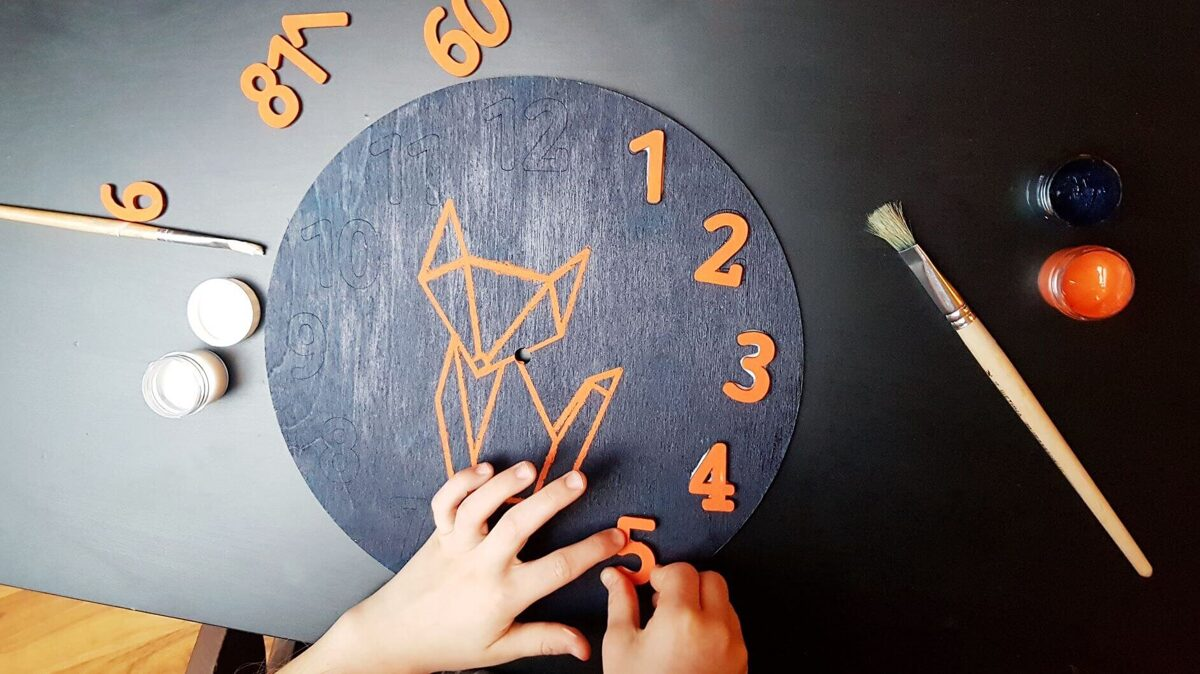 Lapsēna pulkstenis