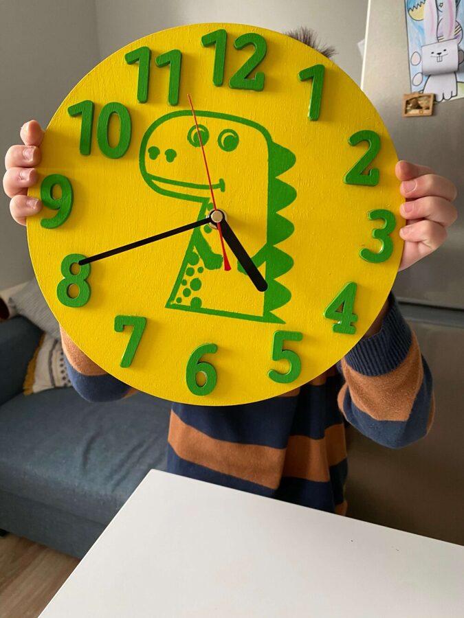 Dino pulkstenis